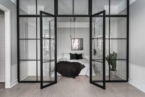 les portes vitr es pour une maison lumineuse copaero. Black Bedroom Furniture Sets. Home Design Ideas
