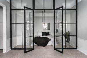 porte double battant vitrée en bois noir