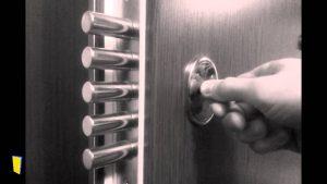 Porte blindée sécurisé anti-infraction avec plusieurs verrous