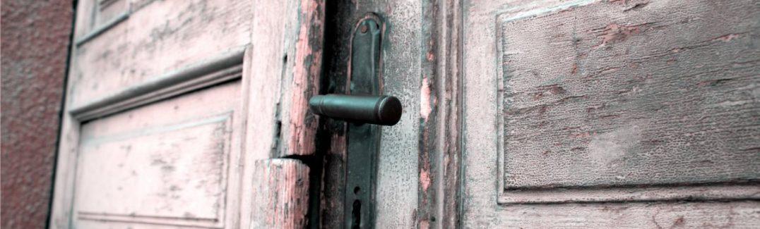 Ce qu'il faut savoir avant d'acheter une porte en bois