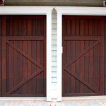 Pourquoi choisir une porte de garage motorisée ? Voici 5 bonnes raisons !