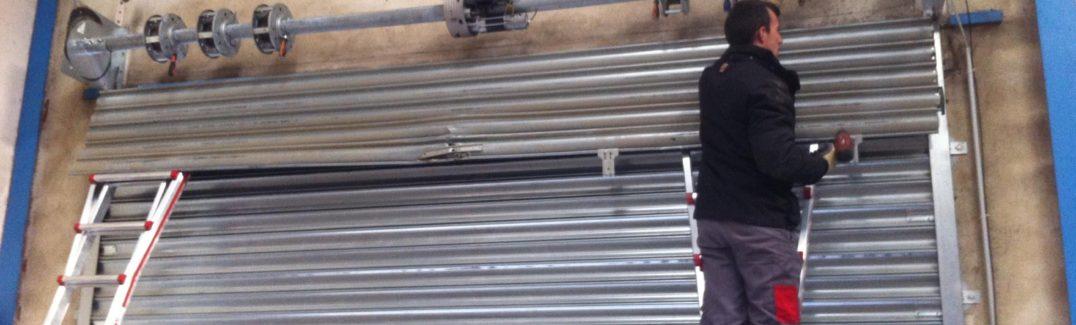 Comment débloquer rapidement un rideau métallique bloqué ?